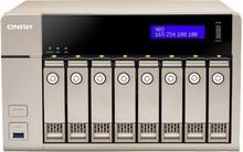 QNAP TVS-863-4G