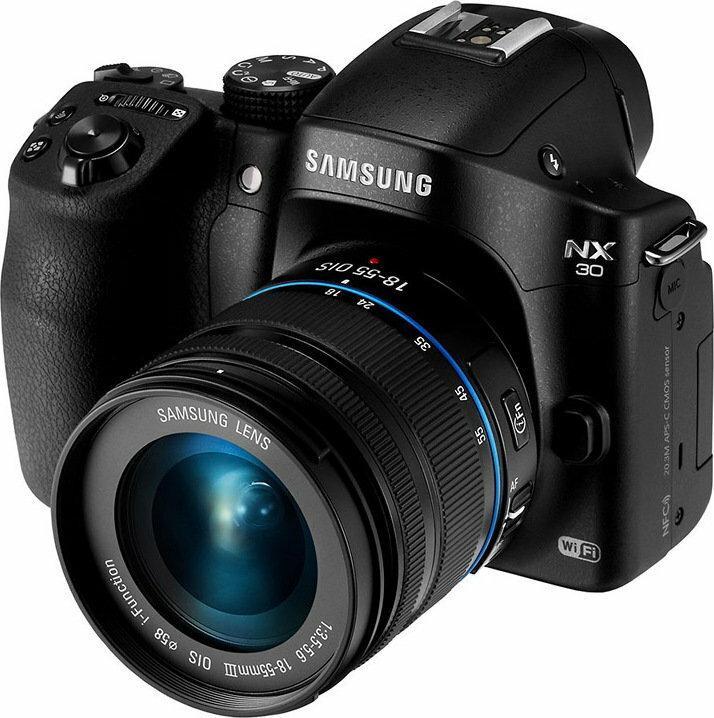 Samsung NX30 + 18-55 III IOS 3D czarny