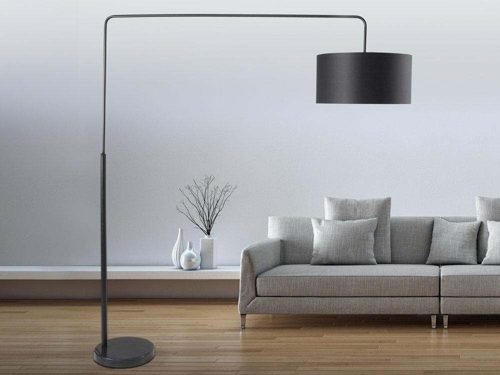 Beliani nowoczesna lampa stojaca - lampa podlogowa w kolorze Czarnym - oswietlenie - BELAYA