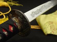 Kuźnia mieczy samurajskich Miecz katana , stal wysokowęglowa 1095 i warstwowana
