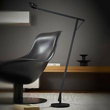 Rotaliana STRING - giętka lampa stojąca LED, czarna