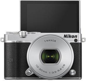 Nikon1 J5 + 10-30 kit srebrny