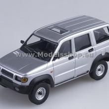 Start Scale Models UAZ-3162 4x4 silver AI2006
