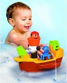 Tomy Pływający Statek Piracki do Kąpieli 71602