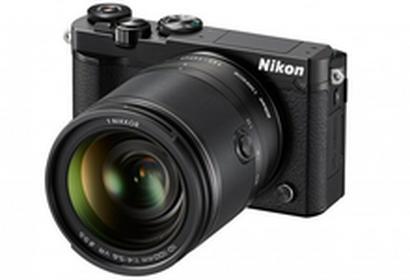 Nikon1 J5 + 10-100 kit czarny