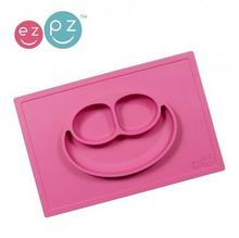 EZPZ Silikonowy talerzyk z podkładką 2w1 Happy Mat różowy EUHMP002
