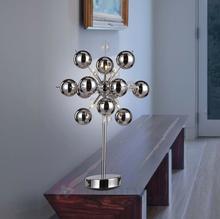 Näve Wyjątkowa lampa stołowa WAKUSEI, chrom