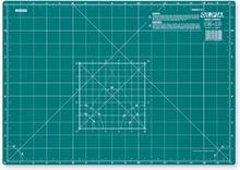 Mata podkładowa CM-A3 Olfa, rozmiar: 450 mm x 320 mm, grubość 2 mm