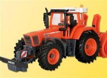 Kibri Traktor z osprzętem rolniczym 15003