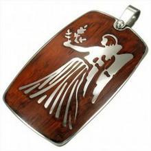 e-shop Stalowa zawieszka z drewnianym tłem - znak zodiaku Panna
