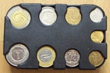 Opinie o KASETA NA BILON w kolorze czarnym, mała- koniec z brakiem monet na opłaty! 00182