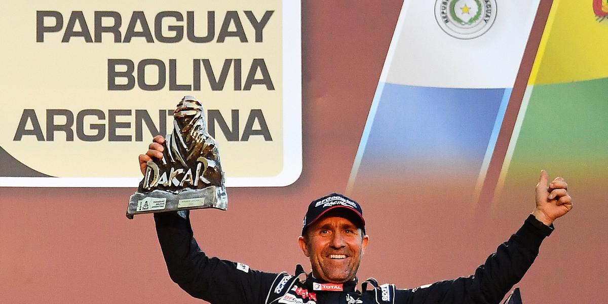 Mr Dakar robi z rywali sałatkę