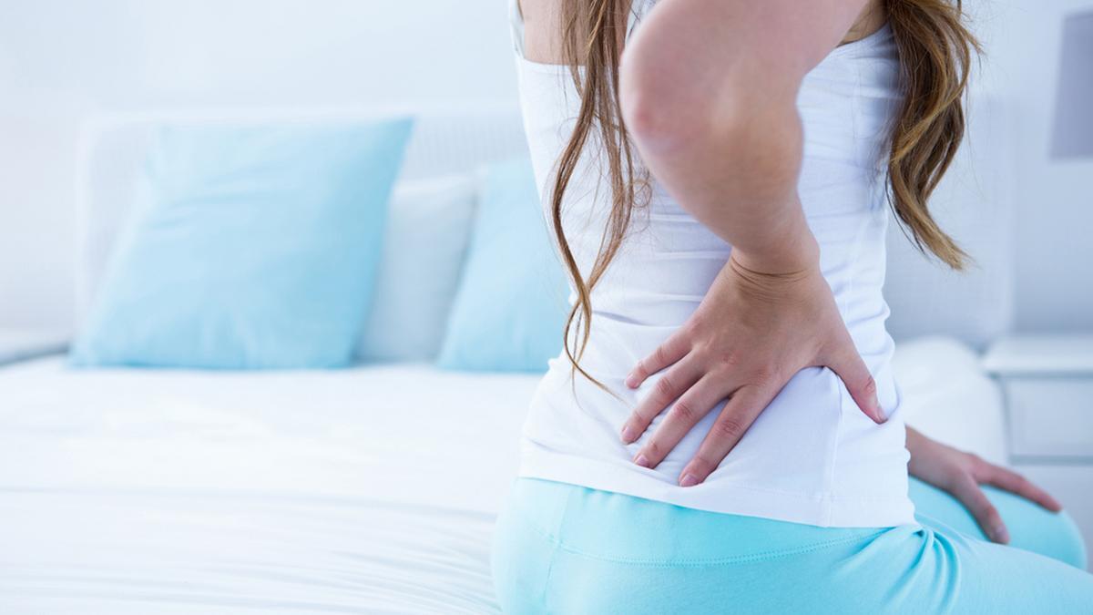 Często bolą cię plecy, kark lub głowa? Źródłem problemu może być łóżko