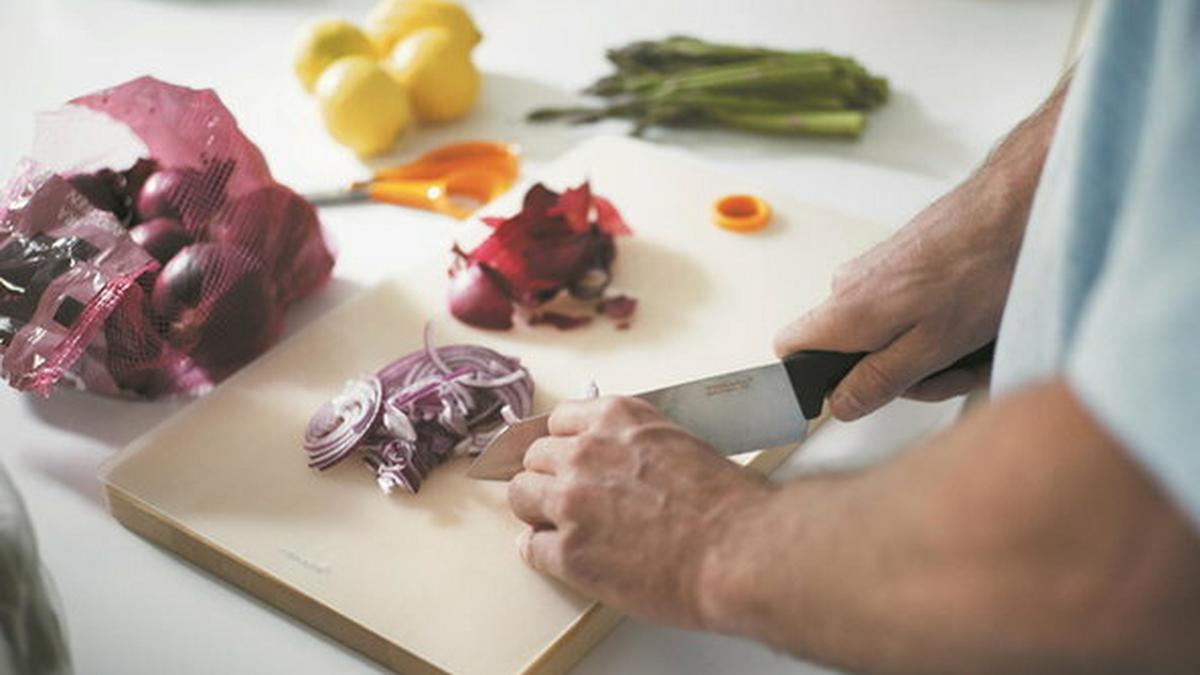 Przewodnik po świecie noży. Czy wiesz, co czym kroić?