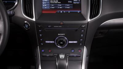 Ford Edge – otoczenie sprzyja kierowcy.