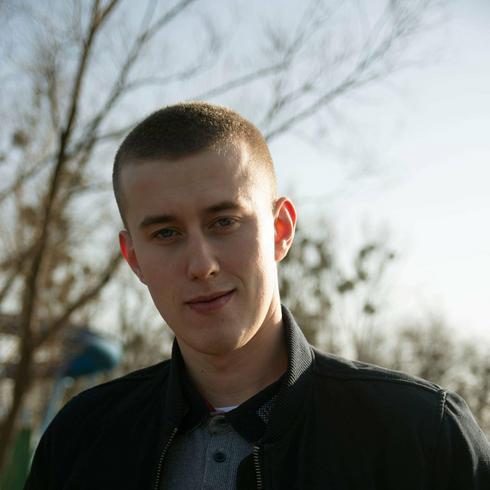 yyttt Mężczyzna Mosina - Mały wariat