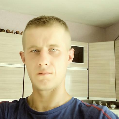 Junior29 Mężczyzna Jastrowie - Szukam powaznej kobiety do związku milos