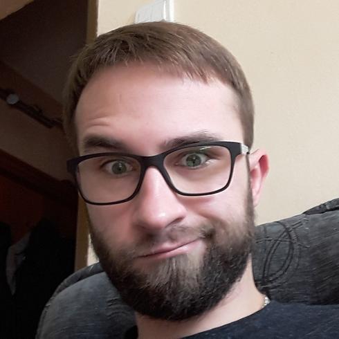 LukasKlucek Mężczyzna Kartuzy -