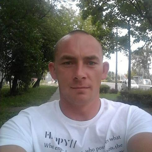 Mariuszxxxxu Mężczyzna Piaseczno - Piaseczno
