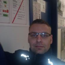 Kamil1405 mężczyzna Gorzów Wielkopolski -  staram sie w zyciu isc do przodu