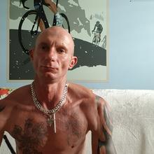 kross2020 mężczyzna Pleszew -  Pozytywnie nastawiony do życia.