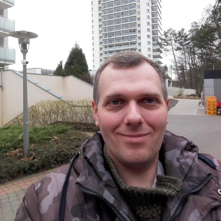 Wilk07 Mężczyzna Wrocław - sympatyczny facet pozna uroczą kobietę
