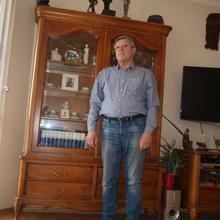 janbor mężczyzna Toruń -  zadowolony z życia ale tylko w miarę.