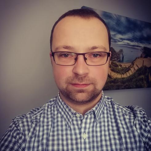 Adekosw Mężczyzna Ostrów Wielkopolski -