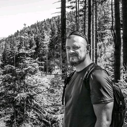 Bjorntroll Mężczyzna Katowice - Zawsze warto być człowiekiem.