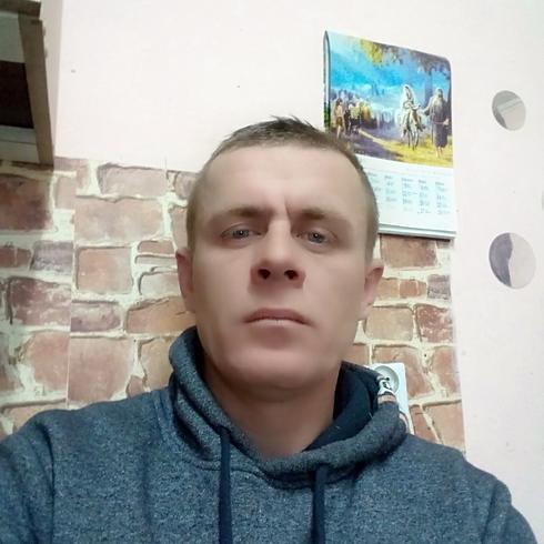 adi40 Mężczyzna Niemodlin -
