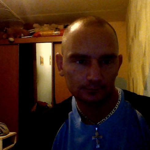 polak12e mężczyzna Konin -
