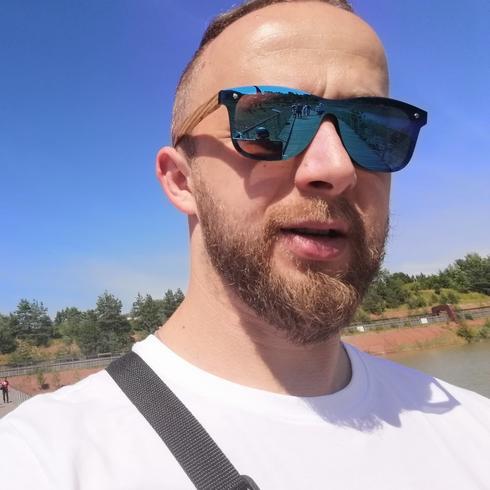Kamil865 Mężczyzna Opole - Nic nie dzieje się bez przyczyny