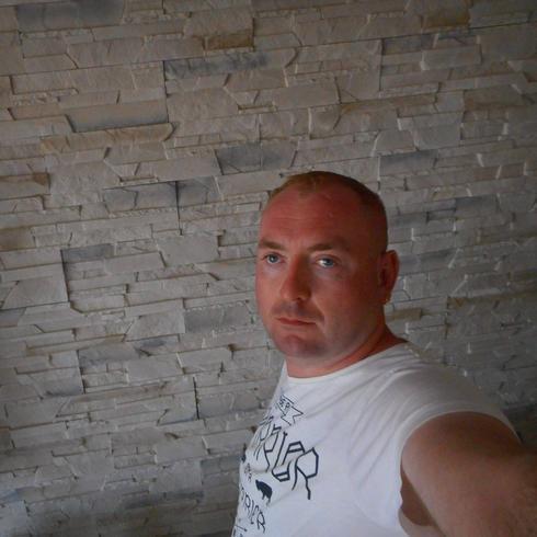 Arczello86 Mężczyzna Tomaszów Mazowiecki - Młody szukający szczęścia