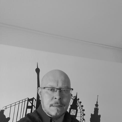 Miszha Mężczyzna Kazimierza Wielka - Życie to nie bajka nie glaska cię po....