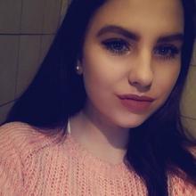 Karii8 kobieta Aleksandrów Kujawski -  Jestem mega pozytywnie zakręcona
