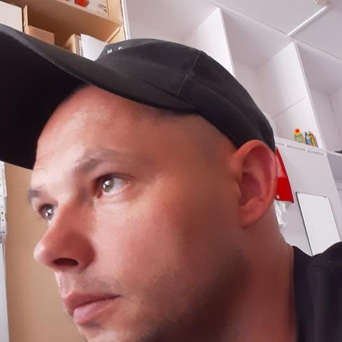 TomaszP32 Mężczyzna Pułtusk - Never Back Down