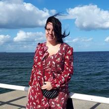 Wiolusiaczek kobieta   Never fully dressed without a smile :)