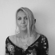 Anetaqn kobieta Ostrów Wielkopolski -  Żyj tak, aby ślady twych stóp przetrwały