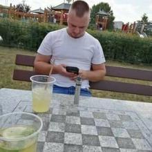 lukaszek6999 mężczyzna Otwock -  Trzeba żyć chwilą . ;)