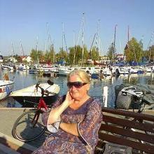 K7D1R kobieta Chojnice -  Dzien bez usmiechu jest dniem straconym.