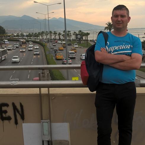 atletico21 Mężczyzna Goleniów - Nie patrz wstecz, tam już nic nie ma ...