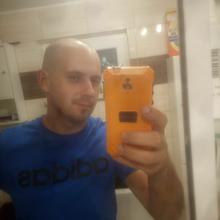 krzysiek71e mężczyzna Ustrzyki Dolne -