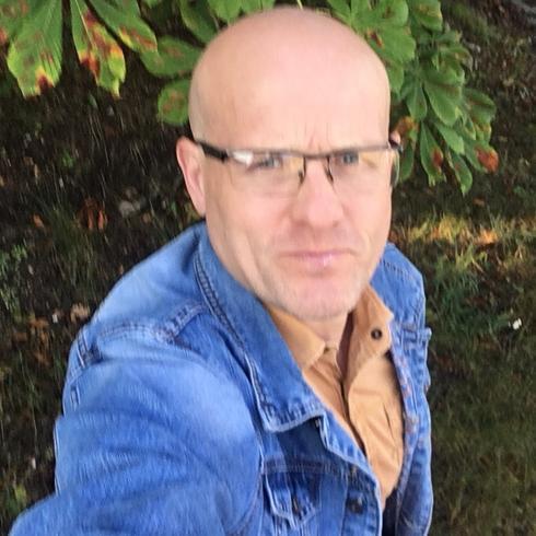 Radoslaw1Piechowiak Mężczyzna Żagań - Romantyk szukający partnerki na stałe.
