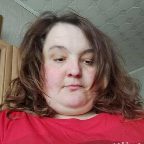 Roztocze77 Kobieta Tarnowskie Góry - szukam faceta  z domem lub mieszkaniem