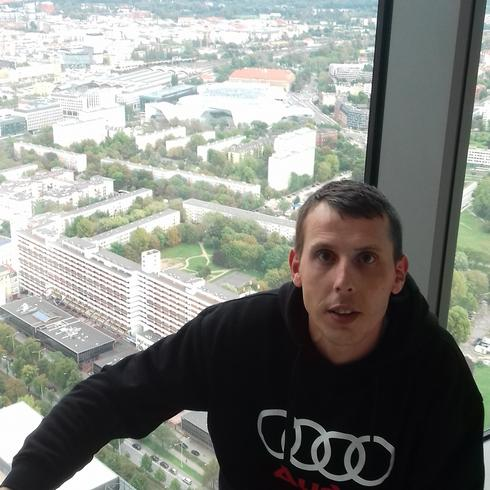 Marcin0981 Mężczyzna Głubczyce - Uczciwosc i wierność życie bez kłamstw
