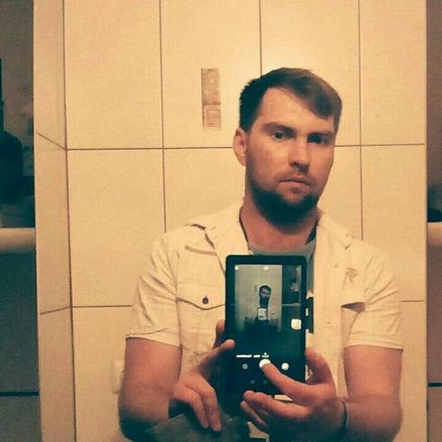 Artur Sobo z PiS: niech single pac bykowe! Wiceminister