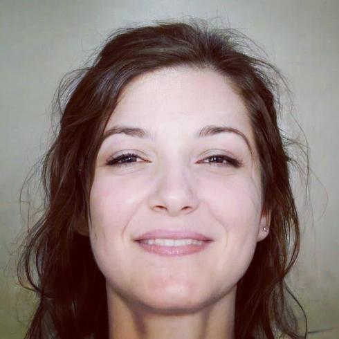 QueenAndreth Kobieta Sanok -