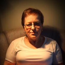 Krystyna23 kobieta Kartuzy -  dzień bez uśmiechu jest  dniem straconym
