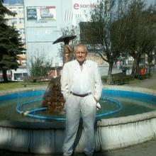 andrzejchrzaszcz363 mężczyzna Sanok -  Realistą raczej towarzyski niezależny fi