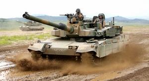Żadna odpowiedź z powyższych. Uważam , że Polska zbroji się na wypadek konfilktu wojnnego, który jeszcze w tym roku nastąpi, i nasz kraj będzie w to zaangażowany ( to moje jedyne wytłumaczenie tego co się dzieje ) - Covid ? dajcie spokój